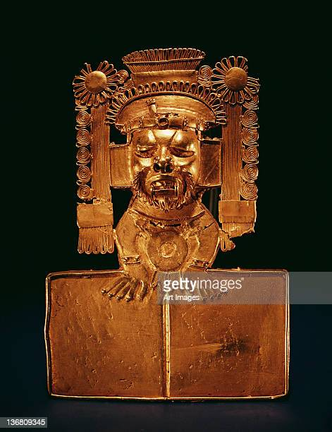 Pectoral of the god Xipe Totec (gold)
