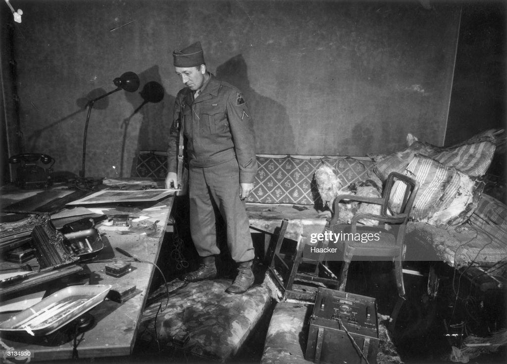 Hitler's Office : News Photo