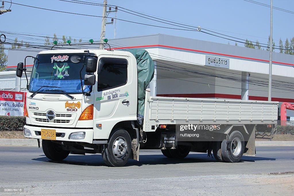 プライベート Hino 貨物トラックます。 : ストックフォト
