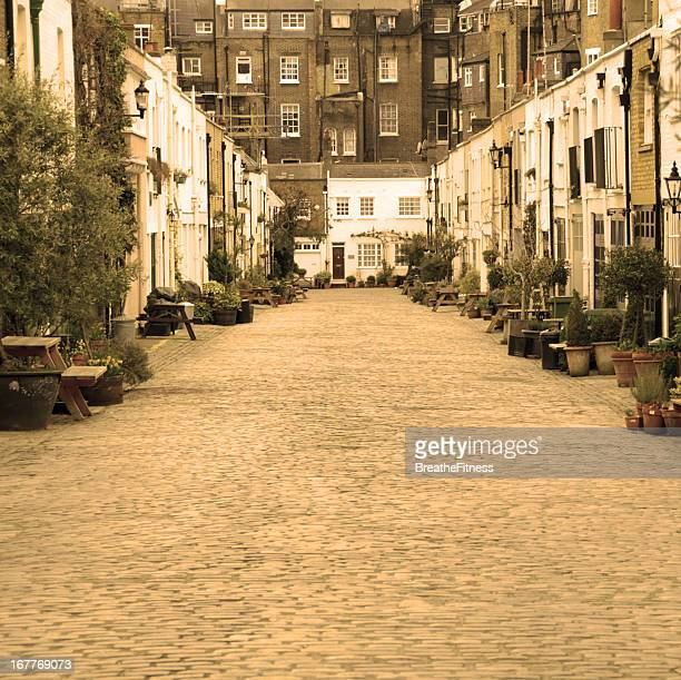 Private London Mews