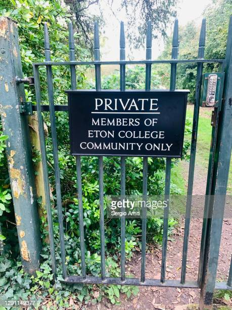private members of eton college community only sign - windsor england stock pictures, royalty-free photos & images