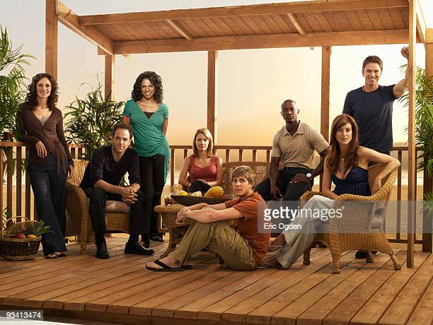 PRACTICE Private Practice stars Kate Walsh as Dr Addison Forbes Montgomery Tim Daly as Dr Pete Wilder Audra McDonald as Dr Naomi Bennett Paul...