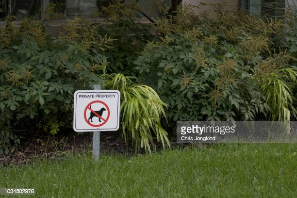 Private Property No Dogs Sign