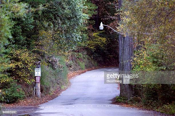 Private property signs line the road leading to the 135yearold exclusive Bohemian Club in Monte Rio California US on Tuesday Nov 20 2007 The allmale...