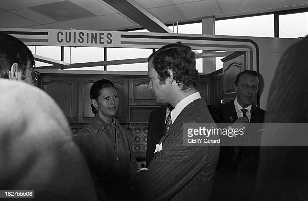 Private Tour In France Of Carl Gustav And Silvia Of Sweden Paris le 8 novembre 1976 à l'occasion de leur visite privée en France le roi CARL GUSTAV...