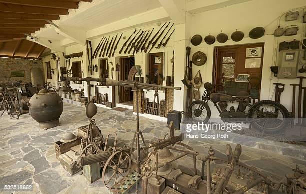 private war museum by andreas george hatzidakis, partisan in world war ii - greece wwii stockfoto's en -beelden