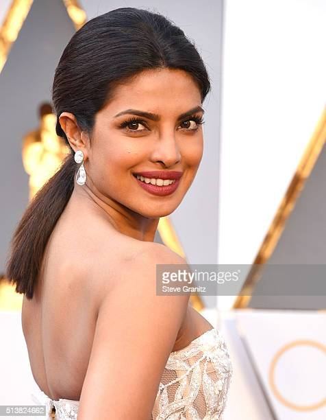Priyanka Chopra arrives at the 88th Annual Academy Awards at Hollywood Highland Center on February 28 2016 in Hollywood California
