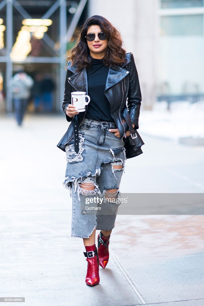 Street Style - New York City - January 2018