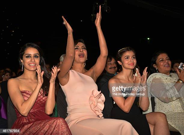 Priyanka ChopraShraddha Kapoor and Alia Bhatt in Life ok screen awards 2015