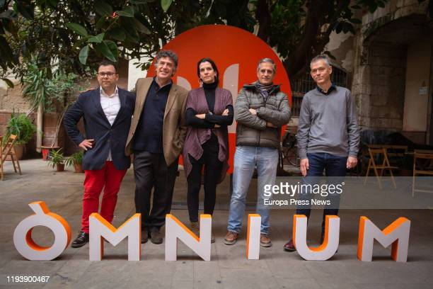 Prizes awarded at the Catalan Literature Festival Toni Mata 46 Joaquim Ruyra Youth Narrative Prize David Nello 60 Sant Jordi Novel Prize Carlota Gurt...