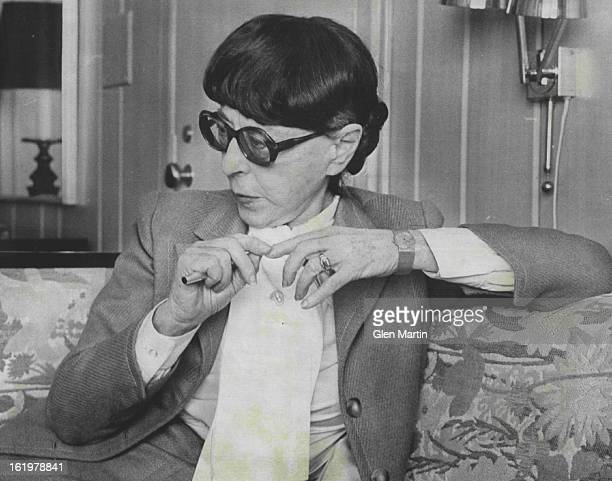 JAN 8 1976 FEB 11 1976 PrizeWinning Hollywood Costume Designer Edith Head Visits Colorado To Garb Employs She interviewed the girls which she found...
