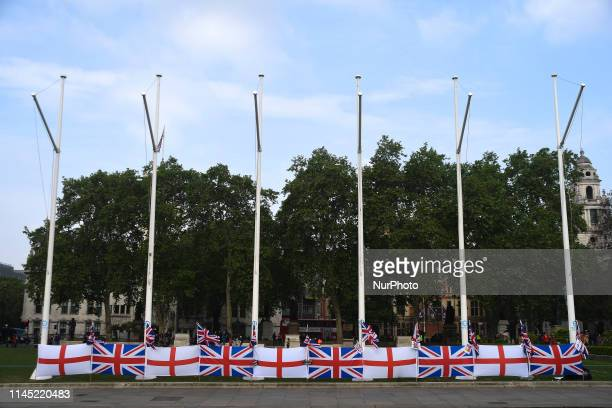 Pro and Anti Brexit campaigners are seen outside the Houses of Parliament ahead of the European Elections and the fourth and final meaningful vote on...