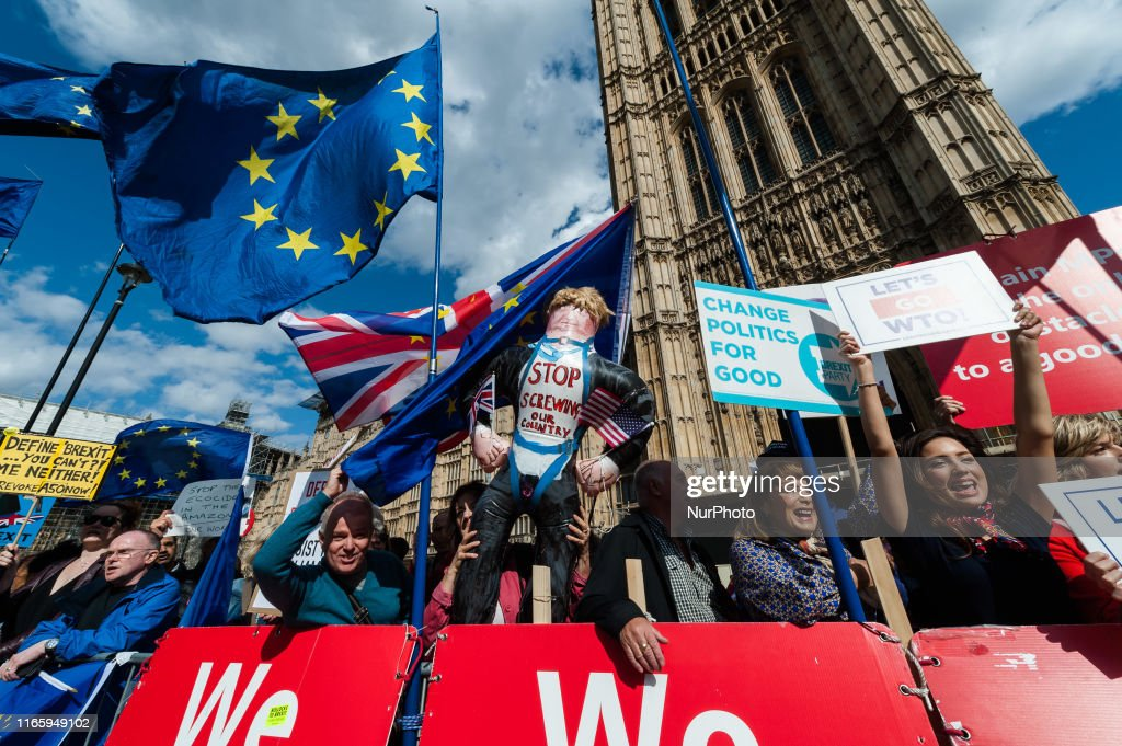 Pro And Anti-Brexit Protest In London : News Photo