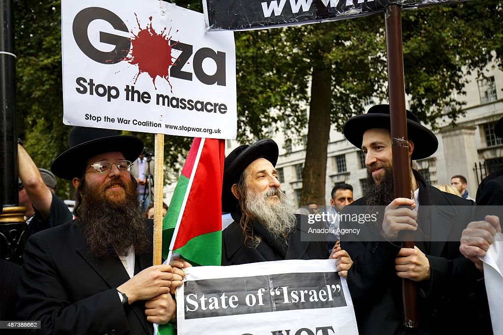 Pro and anti-Israel demonstrations in London : News Photo