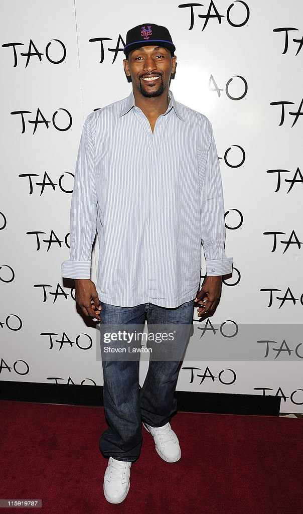 Pro basketball player/rapper Ron Artest arrives to