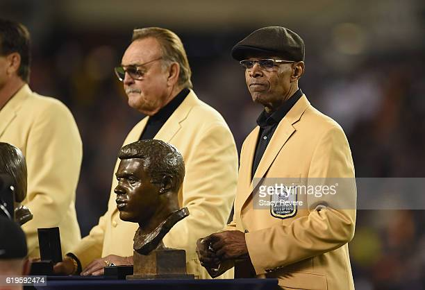 Pro Football Hall of Fame member Gale Sayers is honored at halftime during the game between the Minnesota Vikings and the Chicago Bears at Soldier...