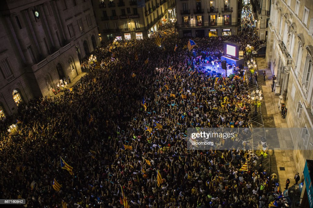 Catalonia's Leader Runs Out Of Time As Independence Vote Looms : News Photo