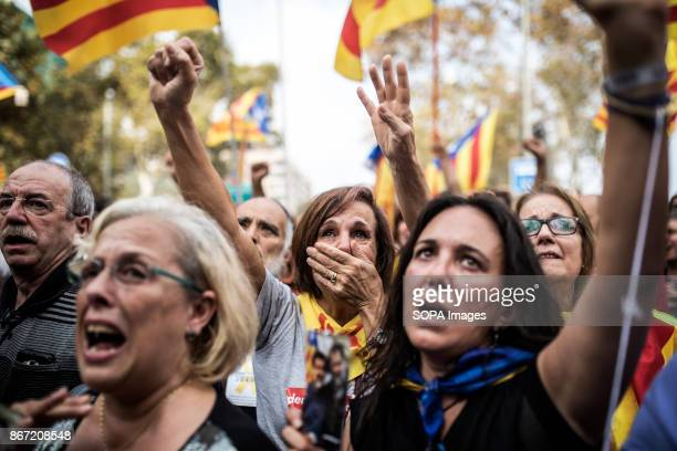 PARLIAMENT BARCELONA SPAIN Pro independence supporters seen expressing their joy Tens of thousands of people have gathered today in support to the...