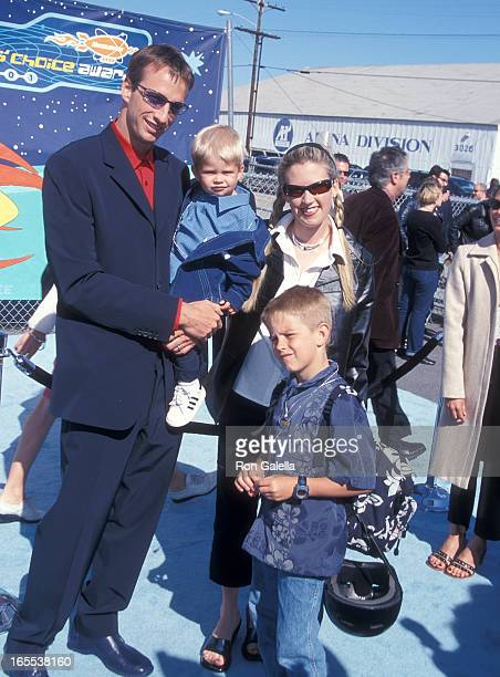 Pro skater Tony Hawk wife Erin Lee son Spencer and his son Riley attend the 14th Annual Nickelodeon's Kids' Choice Awards on April 21 2001 at the...