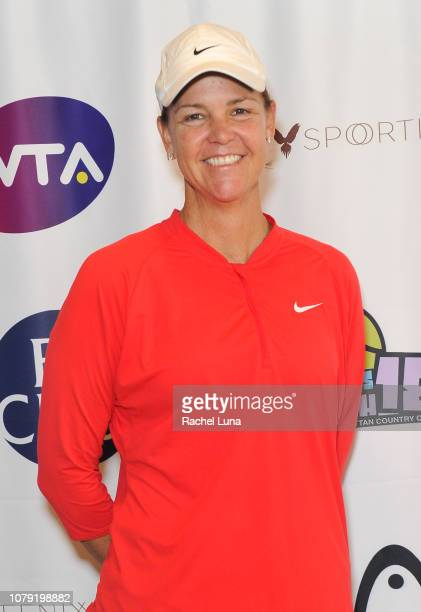 Pro tennis player Lindsay Davenport attends the 2nd Annual LA Tennis Bash hosted by the Manhattan Country Club And First Break Academy Foundation at...