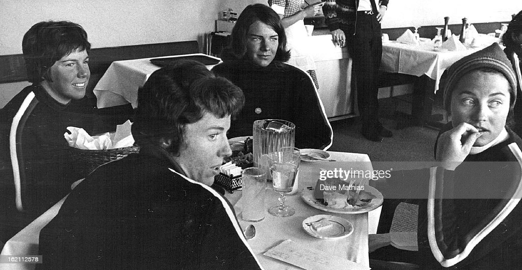 MAR 10 1965, MAR 11 1965; LUNCH TIME IN VAIL LODGE IS TIME FOR TALK ABOUT WHO'LL RACE FOR THE UNITED : News Photo