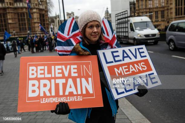 ProBrexit protesters demonstrate outside the Houses of Parliament on January 15 2019 in London England Theresa May's Brexit deal finally reaches the...