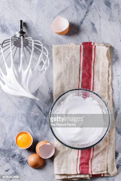 process of cooking meringue - peitsche stock-fotos und bilder