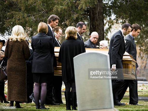 procession at a funeral in a cemetery - place concerning death stock pictures, royalty-free photos & images
