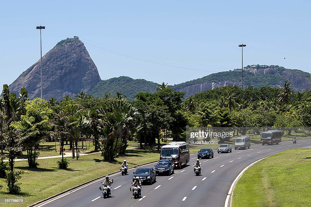 Procession leads the body of the architect Oscar Niemeyer for the Base Area III Comar where the funeral to follow at Distrito Federal - Brasília, on December 06, 2012 in Rio de Janeiro, Brazil.