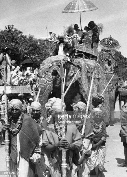 Procession lors du festival Kumbh Mela à Haridwar Inde
