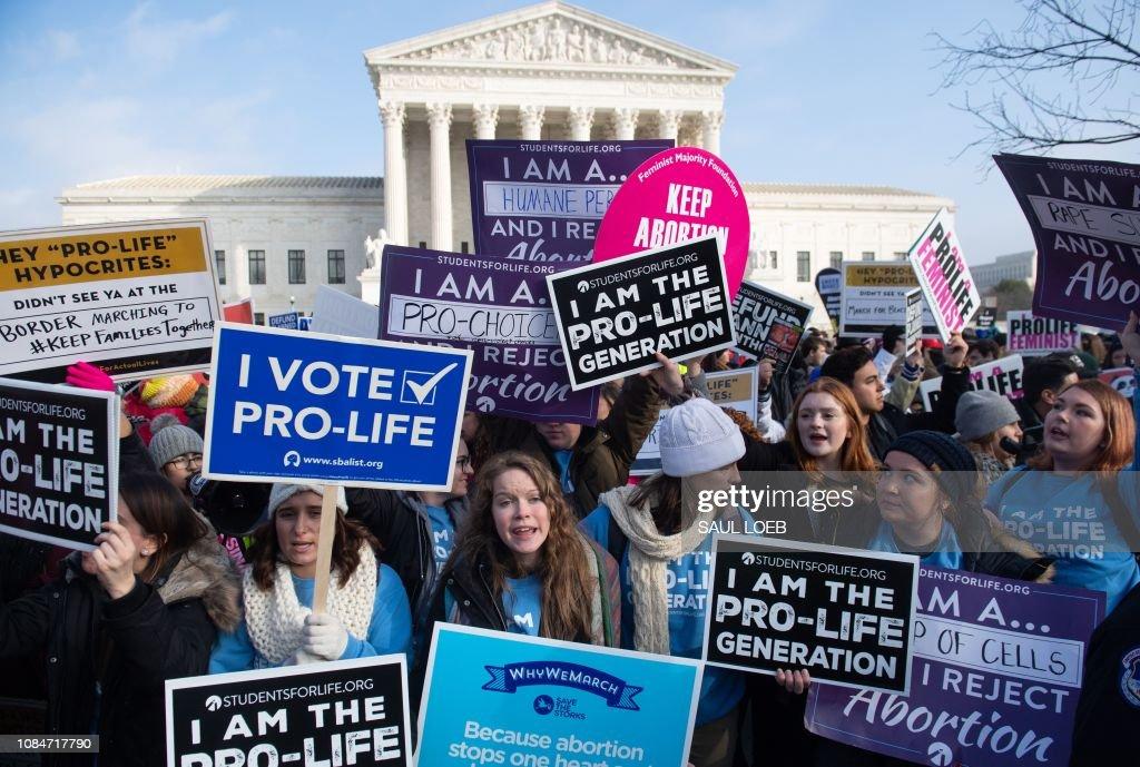 US-POLITICS-abortion-demonstration : News Photo