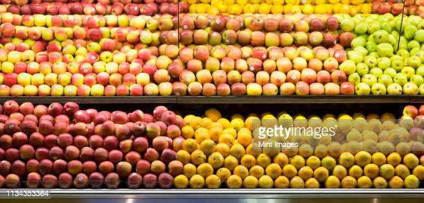 produce aisle - apple fruit stock pictures, royalty-free photos & images