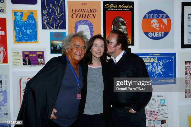 Producer Albert Koski, Diane de Mac Mahon and her husband Guillaume Durand attend Albert Koski exposes its Rock&Roll Posters Collection at Galerie...