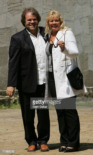 Producer and director Holm Dressler and guest attend the wedding of German TV host Guenther Jauch at the Belvedere Palace on July 7 2006 in Potsdam...