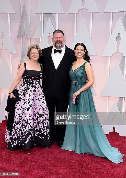 Producer Bonnie Arnold writer Dean DeBlois and actress America Ferrera attend the 87th Annual Academy Awards at Hollywood Highland Center on February...