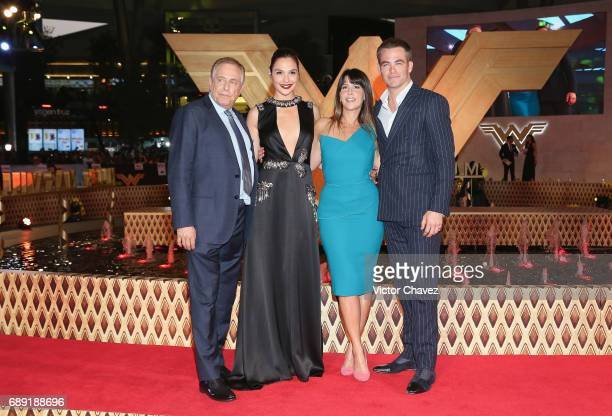 Producer Chuck Roven actress Gal Gadot film director Patty Jenkins and actor Chris Pine attend the 'Wonder Woman' Mexico City premiere at Parque...