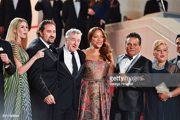 Producer Claudine Jakubowicz director Jonathan Jakubowicz actor Robert DeNiro and his wife Grace Hightower boxer Roberto Duran and his wife Felicidad...