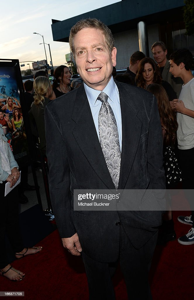 Producer David Zucker Arrives For The Premiere Of Dimension Films News Photo Getty Images