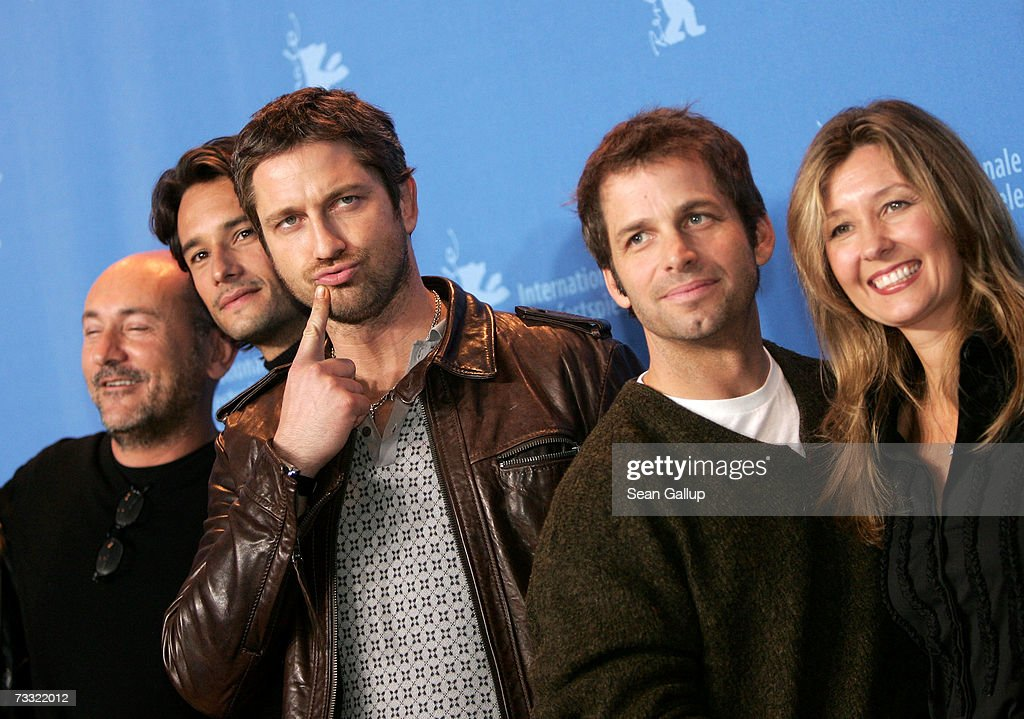 Producer Gianni Nunnari, actors Rodrigo Santoro and Gerard Butler, director Zack Snyder and executive producer Deborah Snyder attend a photocall to promote the movie '300' during the 57th Berlin International Film Festival (Berlinale) on February 14, 2007 in Berlin, Germany.