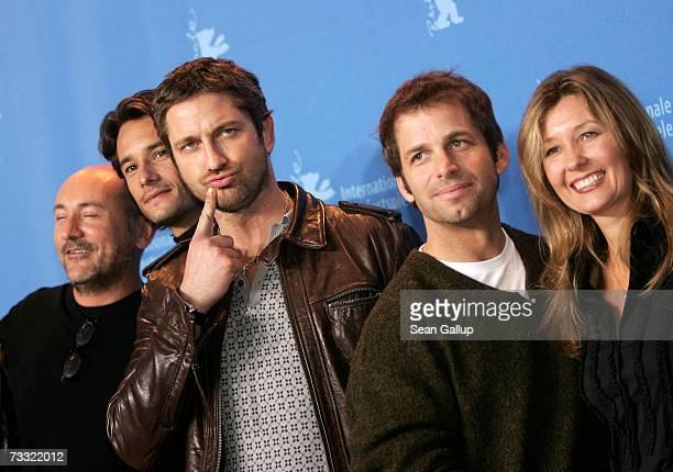 Producer Gianni Nunnari actors Rodrigo Santoro and Gerard Butler director Zack Snyder and executive producer Deborah Snyder attend a photocall to...
