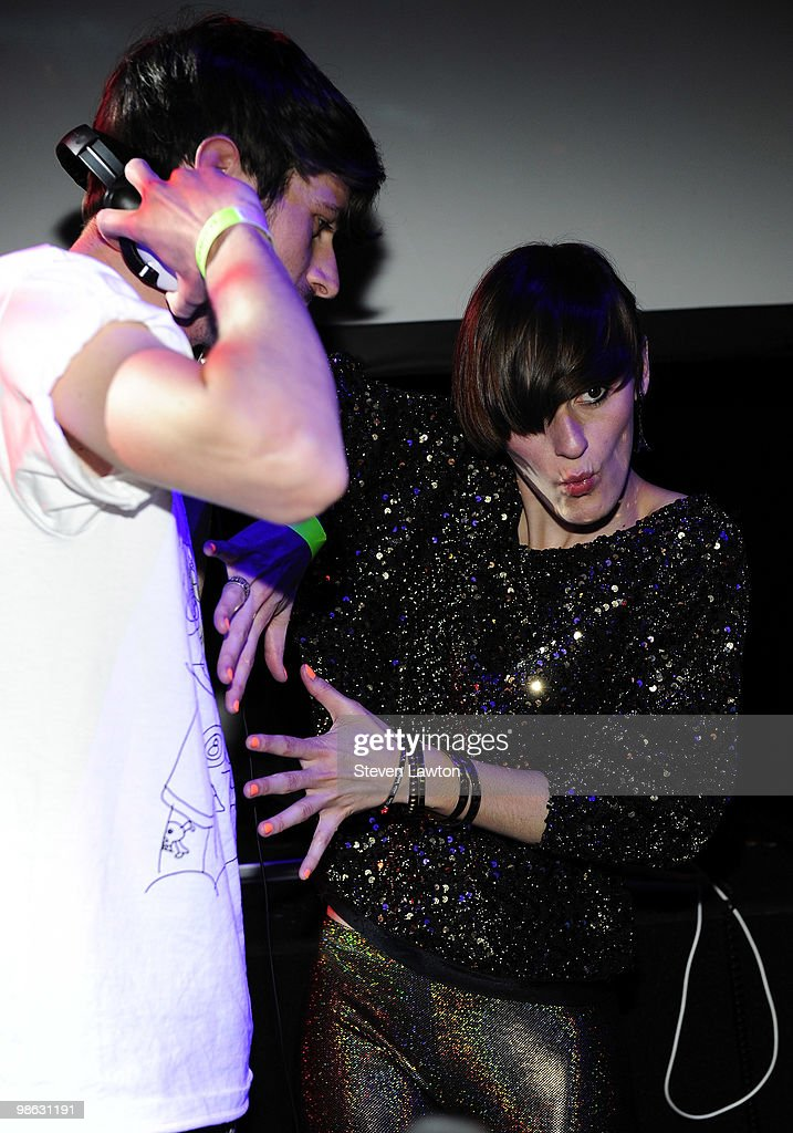 French Popstar Yelle Performs Guest DJ Set At Down & Derby Roller-Disco