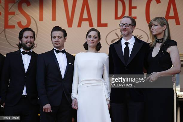 US producer Greg Shapiro actor Jeremy Renner French actress Marion Cotillard and US director James Gray and his wife Alexandra Dickson pose on May 24...