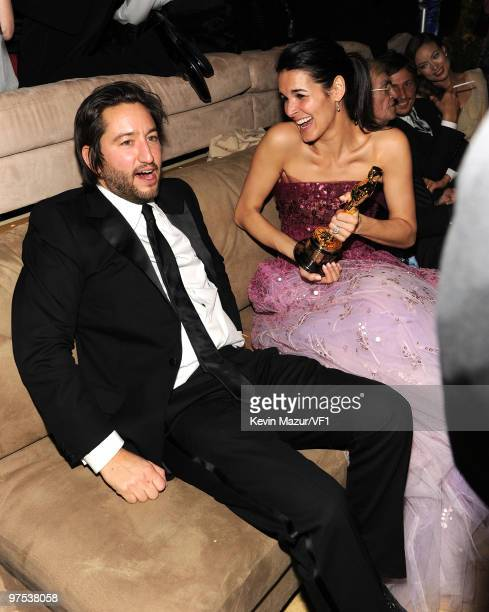 WEST HOLLYWOOD CA MARCH 07 *EXCLUSIVE* Producer Greg Shapiro and Angie Harmon attend the 2010 Vanity Fair Oscar Party hosted by Graydon Carter at the...