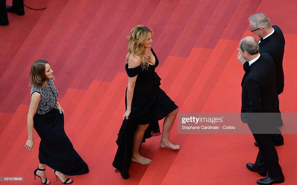 Producer Jodie Foster And Actress Julia Roberts Walking Bare Foot