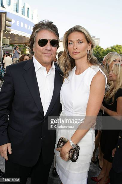Producer Jon Peters and Mindy Peters during Warner Bros World Premiere of Superman Returns at Village and Bruin Theatre in Westwood California United...