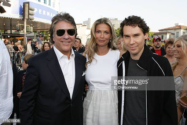Producer Jon Peters Mindy Peters and Director Bryan Singer