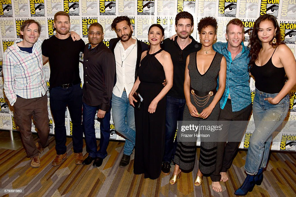 "Comic-Con International 2016 - ""The Expanse"" Press Line : News Photo"