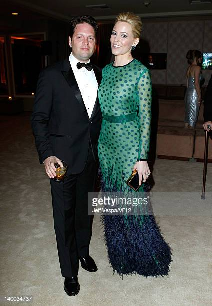 Producer Max Handelman and actress Elizabeth Banks attend the 2012 Vanity Fair Oscar Party Hosted By Graydon Carter at Sunset Tower on February 26...