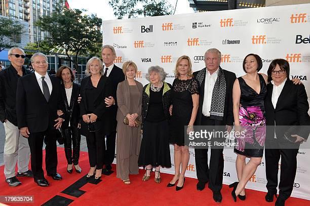 Producer Michael Shamberg Writer/Director Lawrence Kasdan music consultant Meg Kasdan actors Glenn Close Kevin Kline Mary Kay Place Executive...