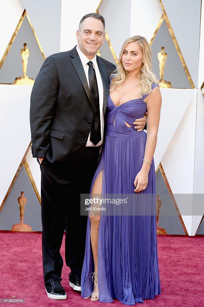 Producer Michael Sugar (L) and Lauren Sugar attend the 88th Annual Academy Awards at Hollywood & Highland Center on February 28, 2016 in Hollywood, California.